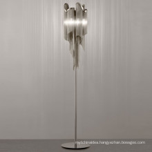 China factory new design luxury nordic modern decor aluminum standing led floor lamp