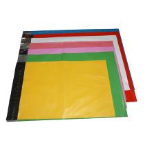 Divers sacs en plastique de logo imprimé par couleur