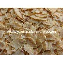 Fatias de raiz de alho