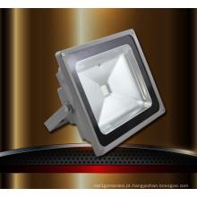 Projeto novo da luz de inundação do diodo emissor de luz como a superfície 10W-100W do arco