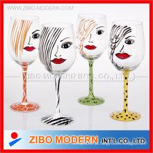 Vidro de vinho pintado à mão de alta qualidade