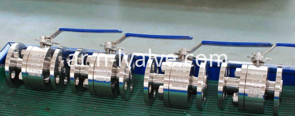Lever Operated Two Pcs Flange Ball Valve