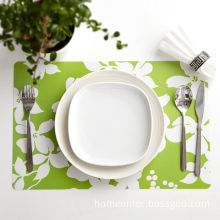 Green And White Pp Fabric Placemats Protect The Table From Water Marks