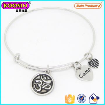 Modische Custom Alloy Silber Yoga Charme einstellbar Armreif