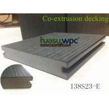 Plancher de Co-Extrusion WPC de planches de Decking de l'impact Resist pour le pavage extérieur