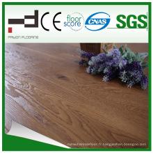 Surface de cristal de 8mm stratifie le plancher stratifié par preuve de l'eau de noix avec la meilleure vente