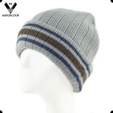 Men′s Winter Stripe Knitted Beanie with Fleece Lining
