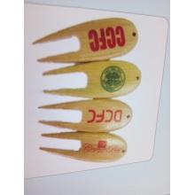 Herramientas de bambú y plástico Divot