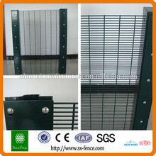 358 mesh security fence