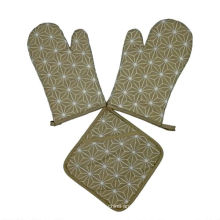 100 % cotton Kitchen use  oven gloves and  pot holder