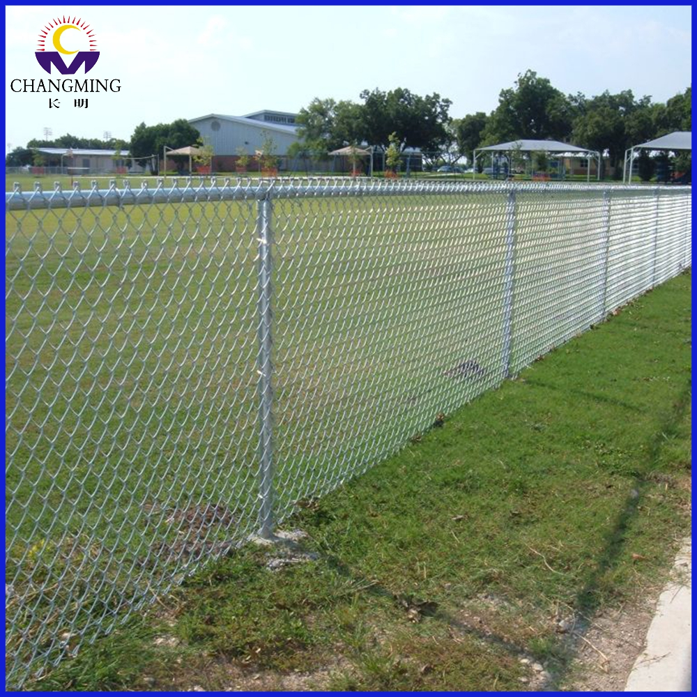 China wire mesh fence barrier manufacturers