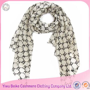2017 wholesale popular style embroidered panda pashmina shawl