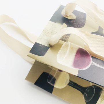 Luxury paper wine bag