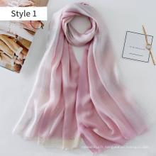2017 nouveau modèle nouvelle technologie d'impression dip dye ligne imprimée en soie et foulard modal