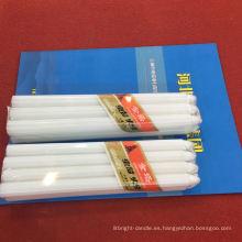 Vela blanca del hogar de la forma larga del pilar