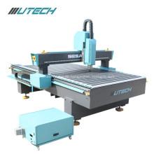 CNC Router 1200 * 1200mm Zeichen, das Kugelumlaufspindel-Antriebsmaschine herstellt