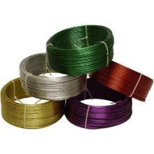 Fio de ferro em PVC revestido com cores diferentes