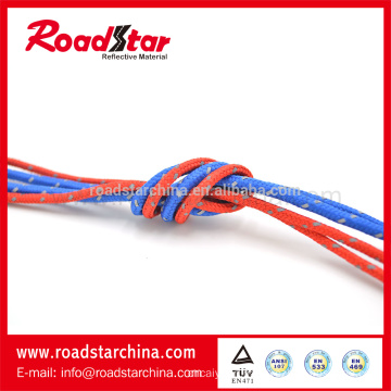 Attractive design high quality reflective lanyard