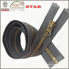 2016 Bronze Teeth Zipper for Garments
