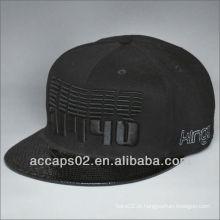 Chapéu de snapback de borda de couro elegante