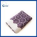 Serviette de bain brodée en fil de coton