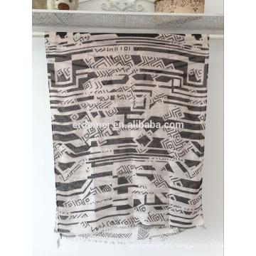 2016 impresión bufanda de voile, diseño llano pashmina al por mayor