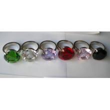Sostenedor del anillo de la servilleta cristalina del diamante