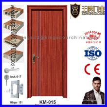 Porte en bois affleurante