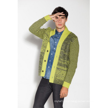 Fashion Cable Knitting Men Cardigan with Button