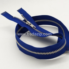 China Gold Supplier for Stainless Steel Light Autolock Slider Jacket Blue Zipper #8 Stainless Steel Slider export to Germany Factory