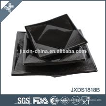 Современный дизайн керамического черного квадрата для дома используется посуда в украинском стиле