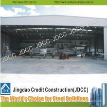 Estructura de acero ligero del hangar de aviones