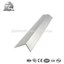 nouvelle conception angle d'extrusion en aluminium de 120 degrés