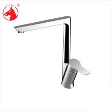 nouveau design beaux robinets d'eau chaude et froide pour la cuisine
