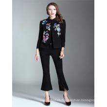 OEM Venta caliente Negro 2017 mujeres bordadas Venta al por mayor StyleTrench corto
