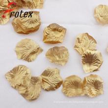 Pétalos de color de oro para la decoración de la pared