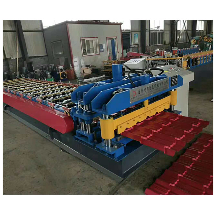 Forming Machine Of Glazed Tile