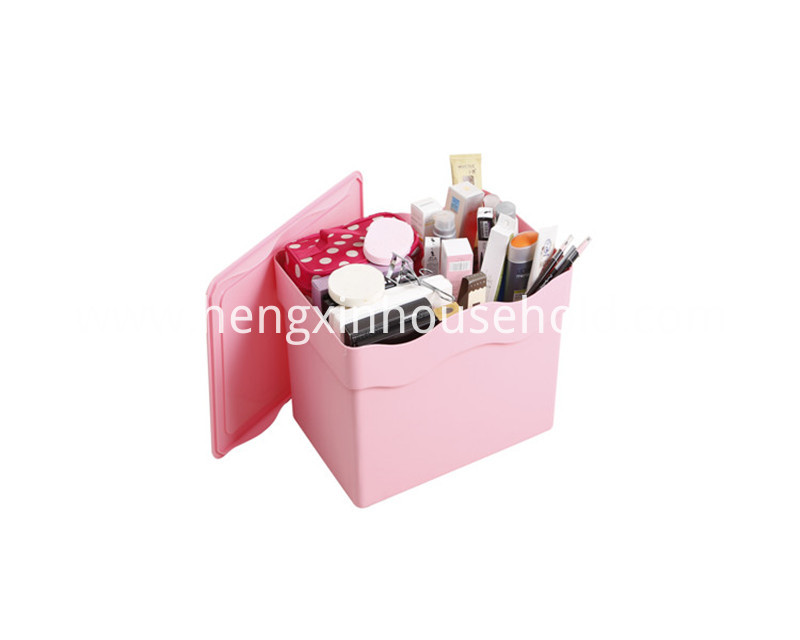 Plastic Stackable Storage Box