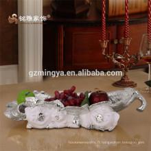 Chine Fournisseur de haute qualité OEM figurine résine artisanat artisanat artisanal personnalisé résine figurine plaque de fruits