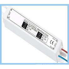 Fonte de alimentação LED impermeável 20W / Saída 12V / Imput 120V ~ 240V