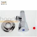Треугольный запорный клапан для холодной и горячей воды