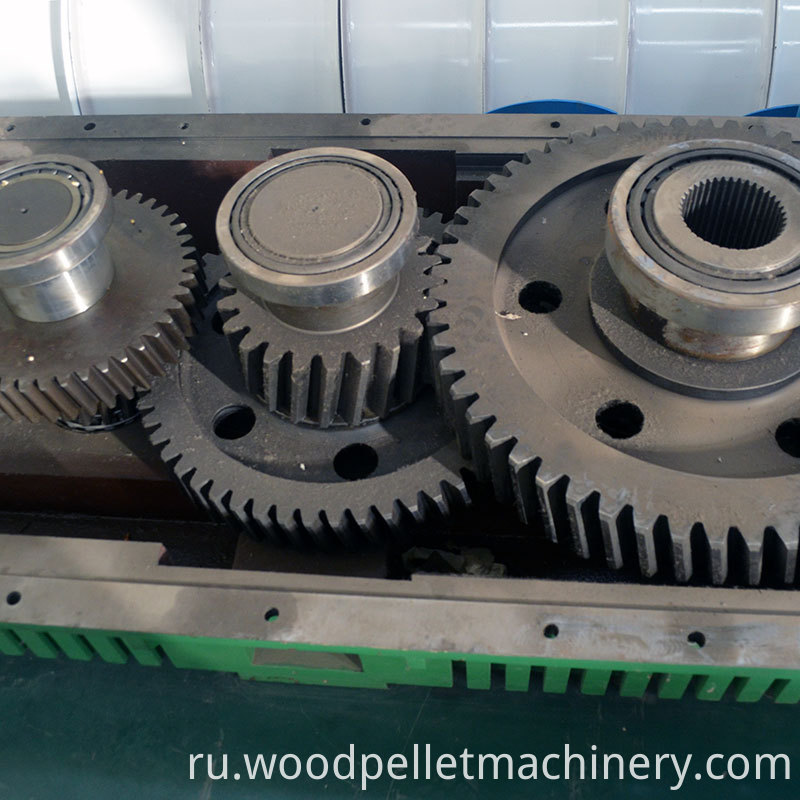 reducer box for wood pellet mill
