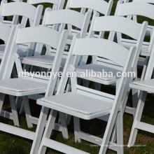 Chaise pliante rembourrée en résine de mariage