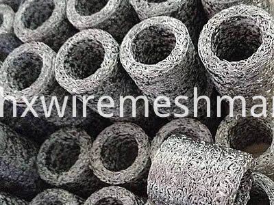 compressed-knitted-mesh-cylinder