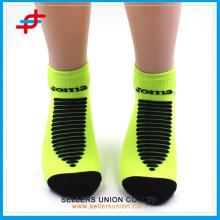Antibakterielle super warme medizinische Kompression Knöchelsocken / OEM Männer gepolsterte Low-Cut Socken mit heller Farbe
