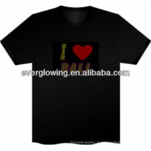 T-shirt com flash LED