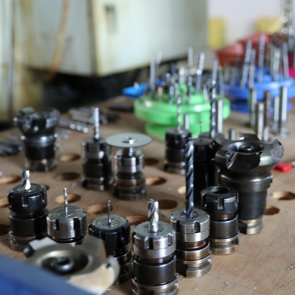 carbon cnc cutter