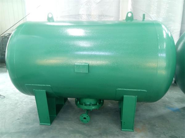 bladder tank (3)