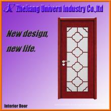 Puerta de madera con panel de vidrio de visión
