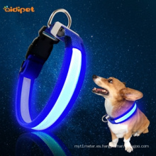 El mejor collar de perro recargable de las luces led